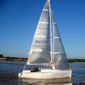 velero corum 200